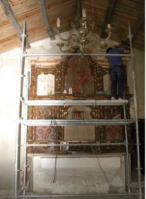 Trabajos para la colocación del retablo. XEILA